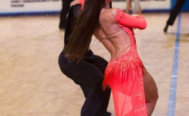 прическа для бальных танцев (латина) 6